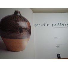 Studio Potteryby Oliver Watson