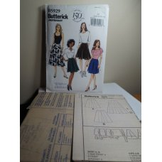 Butterick Sewing Pattern 5929