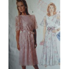 McCalls Sewing Pattern 3049