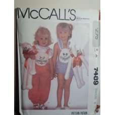 McCalls Sewing Pattern 7489