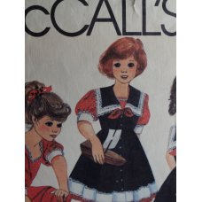 McCalls Sewing Pattern 8976