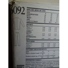NEW LOOK Sewing Pattern 6092