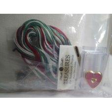 Mill Hill Treasures Needlework, Holiday Sampler Kit