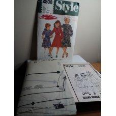 Style Sewing Pattern 2808