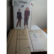 VOGUE Sewing Pattern 8401